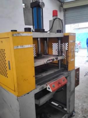 台鸿 立式油压机 10