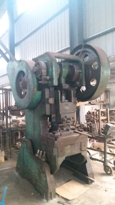 杨力 机械冲床 40吨