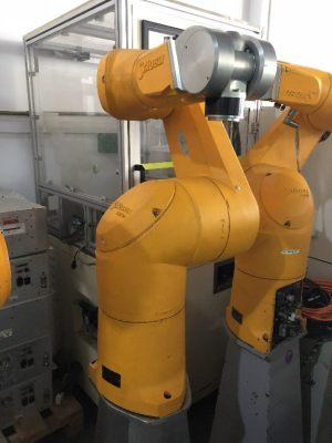 史陶比尔 工业机器人 TX90