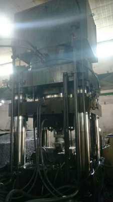 广东锻压 四柱式油压机 1600