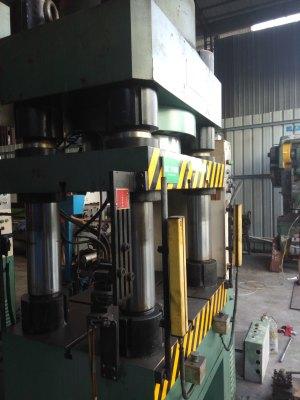 宏德 立式油压机 YCK-500